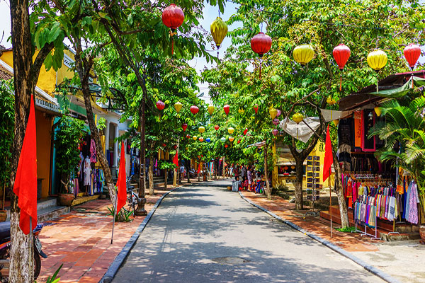 Vietnam set departure tour 14 days